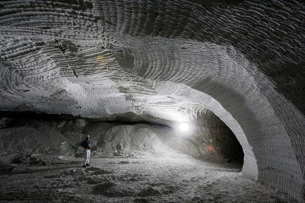salt-mine-nuclear-waste-asse-germany-salt-mine_23157_600x450